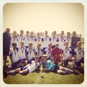 b15_champions1